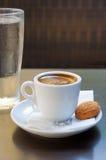 Griechischer Kaffee lizenzfreie stockbilder