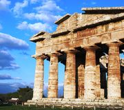 Griechischer Tempel in Paestum Lizenzfreies Stockbild