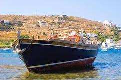 Griechisches Fischerboot stockfotografie
