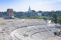 Griechisches Theater von Syrakus, Ruinen des alten Monuments, Sizilien, Italien stockbilder