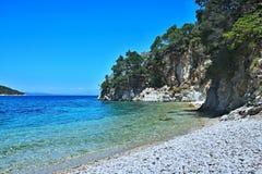 Griekenland, eiland ithaki-Mening van de zeekust dichtbij Frikes royalty-vrije stock afbeelding