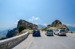 Griekenland, Meteoren, die dichtbij het het bekijken platform parkeren Royalty-vrije Stock Fotografie