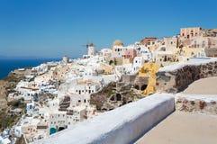 Grieks Egeïsch eiland, Santorini, in de de zomerdag, Griekenland Stock Foto's