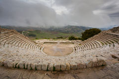 Grieks Theater van Segesta, historisch oriëntatiepunt in Sicilië, Italië Stock Foto