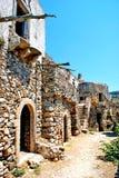 Grieks traditioneel die huis bij eiland Kithira wordt gevestigd Royalty-vrije Stock Fotografie