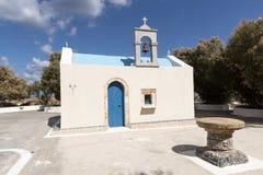 Griekse kapel op de strandboulevard in Malia, Kreta Stock Fotografie