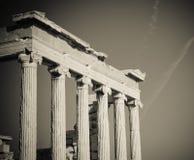 Griekse kolommen stock afbeeldingen