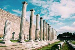 Griekse kolommen in Turkije Stock Fotografie