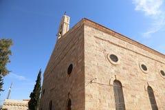 Griekse Orthodoxe Basiliek van Heilige George in stad Madaba, Jordanië Stock Foto