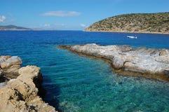 Griekse overzees, amorgoseiland stock afbeelding