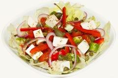 Griekse salade met kappertjes Stock Fotografie