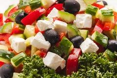 Griekse salade met vele ingrediënten Royalty-vrije Stock Foto's