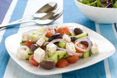 Griekse Salade op een plaat Royalty-vrije Stock Afbeelding