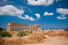 Griekse tempel in Selinunte stock foto