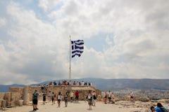 Griekse vlag bij de Akropolis Stock Foto's