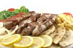 Griekse vleespen (souvlaki) Stock Fotografie