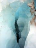 Grieta de fusión del hielo Imagen de archivo libre de regalías