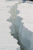 Grietas blancas del hielo Fotos de archivo