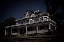 Griezelig huis Stock Foto