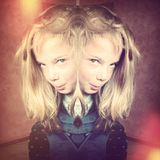 Griezelig meisje Stock Foto