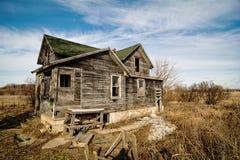 Griezelig oud huis royalty-vrije stock foto's