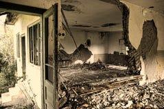 Griezelig verlaten huis Royalty-vrije Stock Afbeeldingen