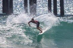 Griffin Colapinto que compite en el US Open de practicar surf 2018 imagen de archivo libre de regalías