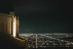 Griffith Observatory alla notte immagine stock
