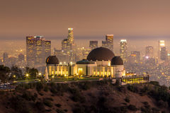 The Griffith Observatory and Los Angeles city skyline at twiligh Royalty Free Stock Photos