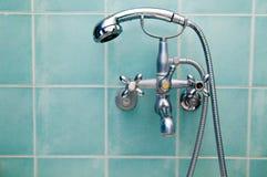 Grifo y ducha Fotografía de archivo