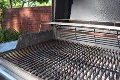Griglia all'aperto sporca del barbecue Fotografia Stock
