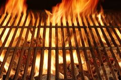 Griglia ardente vuota del BBQ fotografie stock