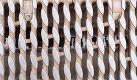 Griglia arrugginita dello scolo del ferro fotografie stock libere da diritti