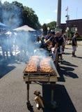 Griglia del BBQ ad una via locale giusta Fotografia Stock