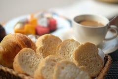 Griglia del pane sulla prima colazione Fotografia Stock Libera da Diritti