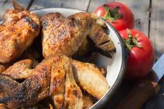 Griglia del pollo con le verdure Fotografie Stock Libere da Diritti