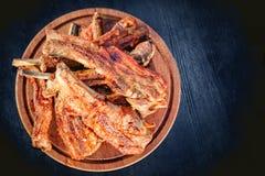 Griglia della carne, menu del barbecue, costole di carne di maiale Fotografie Stock Libere da Diritti