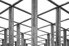 Griglia sopraelevata Geo di prospettiva approssimativa di struttura della sedia delle colonne del cemento Immagine Stock