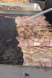 Grigliare di Shish Kabab del pollo immagine stock