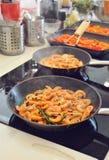 Grigliare gamberetto per pasta Fuoco selettivo Fotografie Stock Libere da Diritti