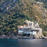 Grigoriou klostermontering Athos Greece Arkivfoto