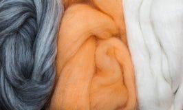 Grijs en de Wol van de Viltbekleding van de Abrikoos Royalty-vrije Stock Foto's