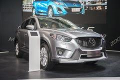 Grijs Mazda CX-5 auto Stock Foto's