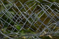 Grijsachtige verdraaide staaldraad stock afbeelding