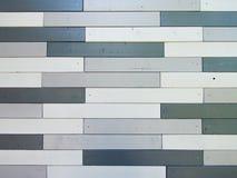 Grijze de muurachtergrond van de schaduwen houten lat Stock Afbeeldingen