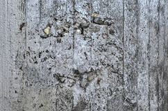 Grijze doorstane concrete oppervlakte royalty-vrije stock afbeeldingen