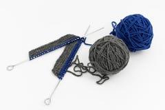Grijze en Blauwe Ballen van Wol stock fotografie