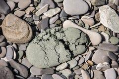 Grijze geruïneerde steen breekbare rots Royalty-vrije Stock Foto's