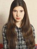 Gril adolescente eslavo del pelo de Brown Imágenes de archivo libres de regalías