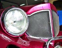 Gril de chrome de radiateur de voiture photos libres de droits